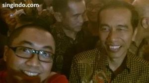 Selfie dengan Jokowi 1
