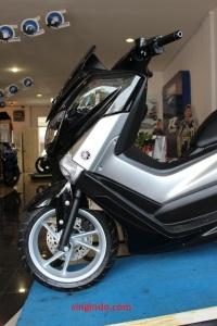 Yamaha NMAX 05