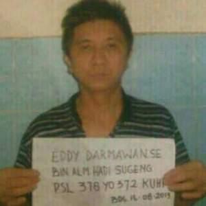 Edy Darmawan saat ditangkap di Bandung tahun 2013
