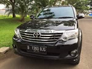 Toyota Grand Fortuner milik Rocky Soputan yang dibawa kabur Edy Darmawan