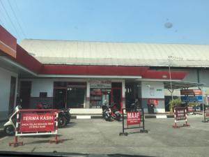 Tukang Intip di SPBU Patal Senayan Singindo 1