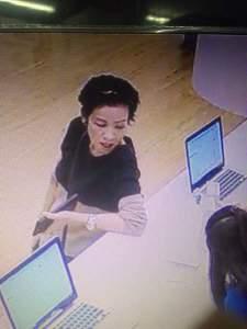 Foto Pencuri Saat Melakukan Transaksi dengan Kartu Kredit di Mal Kelapa Gading Terekam Kamera CCTV