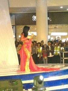 Grand Opening Lombok Epicentrum Mall Hadirkan Syahrini