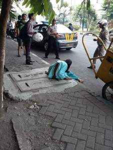 Wanita Tua Ditusuk Sosok Misterius di Hari Pahlawan, Jawa Timur Siaga