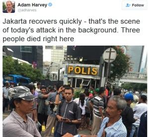 """Jurnalis Asing """"Geleng Kepala"""", Warga Indonesia Tak Takut Teroris"""