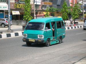 BBM Naik, Tarif Angkot Naik… BBM Turun, Tarif Angkot Tetap… Sedih Tak Berujung…