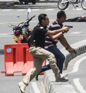 Kehadiran Polisi Ganteng di Sarinah Segarkan Dunia Maya