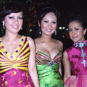 Dari kiri: Cynthia Lamusu, Nola, Widi