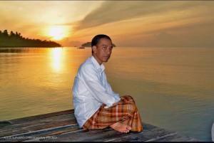Foto Perdana Presiden Jokowi Tahun 2016; Akankah Menjadi Trend Baru?