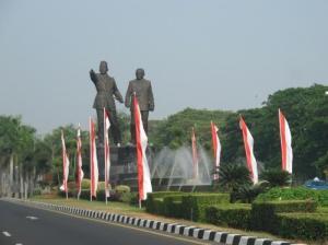 Patung Soekarno-Hatta di Bandara Cengkareng Dipindahkan... Ini Alasannya!