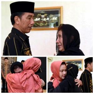 Moment Mengharukan Saat Presiden Jokowi Melayat ke Rumah Susi Pudjiastuti