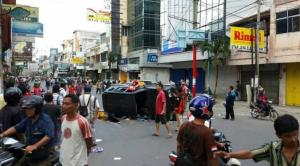 Video Detik-detik Bentrokan Ikatan Pemuda Karya dan Pemuda Pancasila di Medan