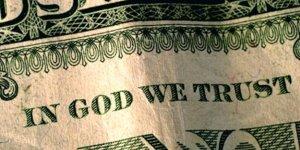 Nekat! Lima Orang Ini Menggugat Tuhan Ke Pengadilan
