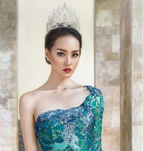Felicia Hwang