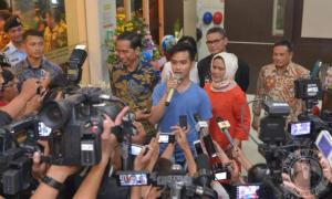Dibalik Nama Jan Ethes Srinarendra… Sang Cucu Pertama Presiden Jokowi