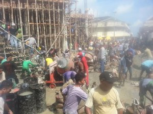 Ini Baru Keren! Warga Muslim dan Kristen Gotong Royong Membangun Masjid Raya Kota Tual