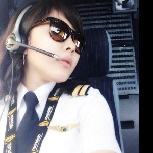 Perkenalkan Patricia Yora... Pilot Wanita Cantik Termuda di Indonesia