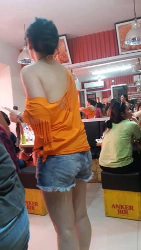 Pelayan Warung Bakso Di Sunter Jakarta Utara Ini Seksi Seksi Lho