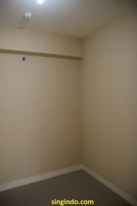 Kamar anak dilihat dari pintu kamar anak