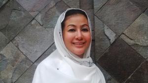 Hasnaeni Moein