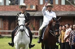 Makna Dibalik Diplomasi Berkuda Ala Jokowi-Prabowo