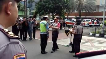 Tidak Terpancing Cakar Dora Natalia Singarimbun, Polisi Sutisna Dapat Penghargaan