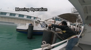 proses-sandar-kapal-di-harbourfront-ferry-terminal