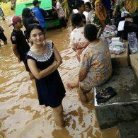 nama-si-cantik-korban-banjir-pasuruan-terungkap-dia-adalah-nur-aini-wulandaru-2