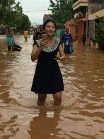 nama-si-cantik-korban-banjir-pasuruan-terungkap-dia-adalah-nur-aini-wulandaru-3